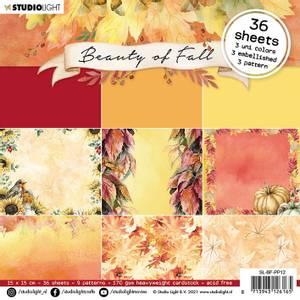 Bilde av Studiolight -   12 - PaperPad 15x15cm - PP12 - Beauty of Fall